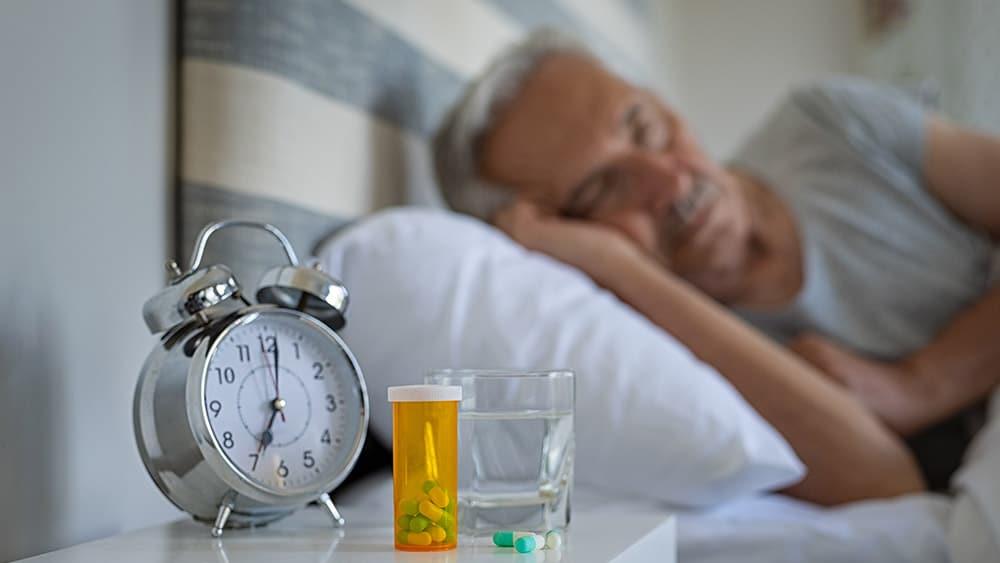 Cómo tratar el insomnio en mayores
